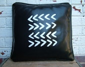 "Leather Pillow - ""Ziggy"""