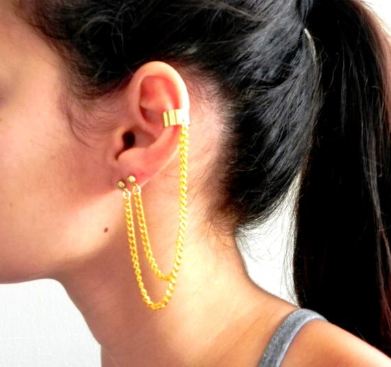Double Piercing Cascading Chain Ear Cuff - Gold