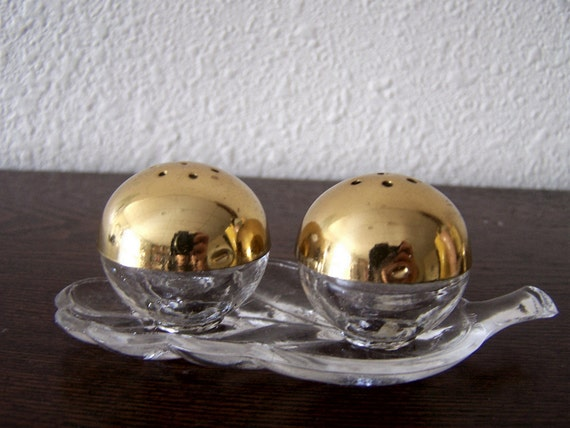 Vintage Set Round Salt and Pepper Shakers with Glass Leaf Base