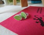 Green leaf  stud earrings