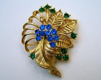 Vintage Lisner Rhinestone Brooch Blue Green Gold Tone Leaf Hangtag
