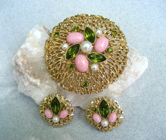 Vintage Sarah Coventry Brooch Earrings Set Pink Cabochon Fashion Splendor