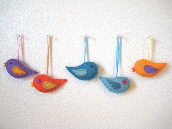 Birds Christmas Ornaments, Felt Birds, Kids Room Decor - 5 pieces