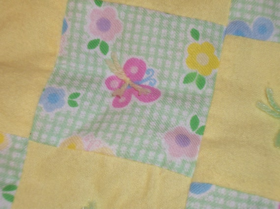 Yellow hand-tied baby quilt, extra fluffy