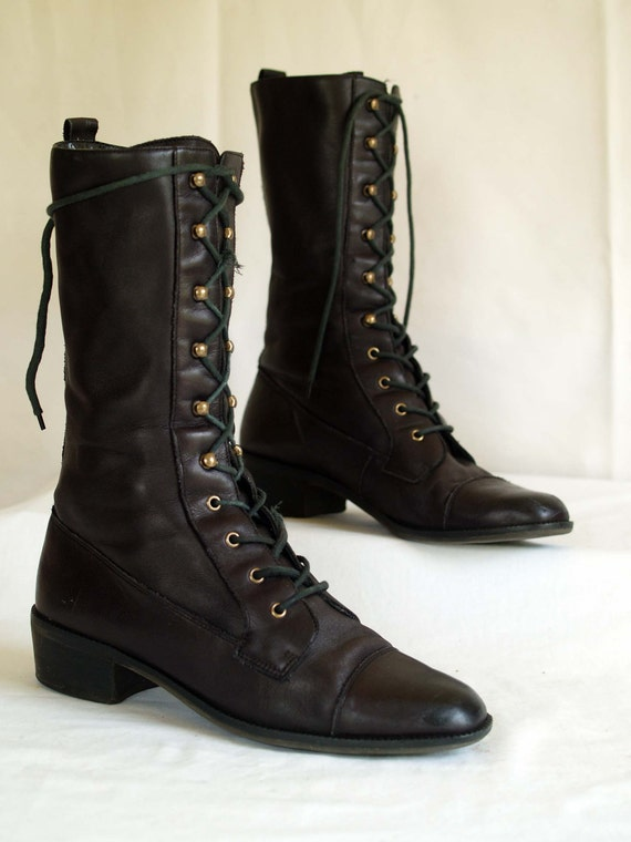 vintage lace up granny combat boots. cap toe. military