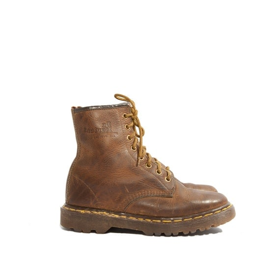 Women's Dr Marten Boots Brown Made in England Docs size US 6 / 4 UK