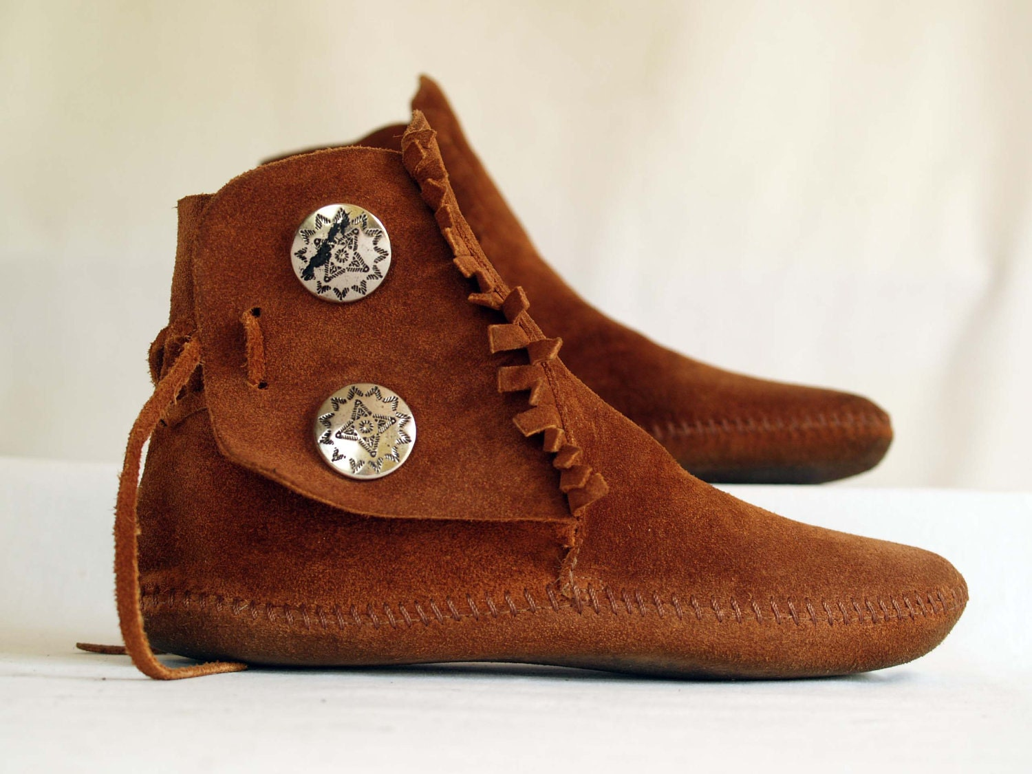 vintage minnetonka moccasin ankle boots by rabbithousevintage