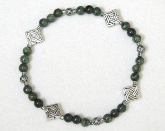 Green Crackle Stone Celtic Knot Bracelet
