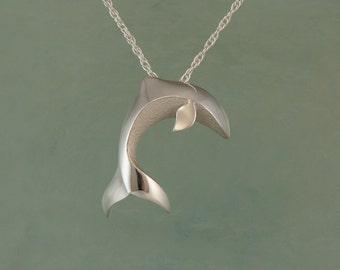 small silver dolphin pendant