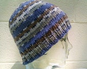Men's Hand Knit Basic Style Beanie In Beach Stripes Color Scheme