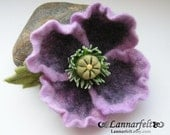 Poppy purple queen - Brooch Hand Felted Flower