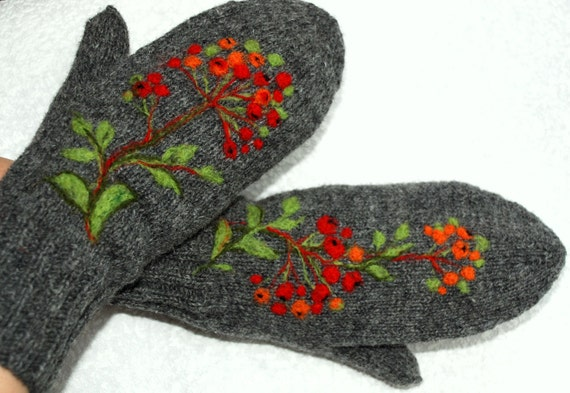 Gray mittens with rowan berries - warm and beautiful.