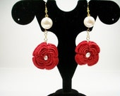 crochet flower earrings with pearls