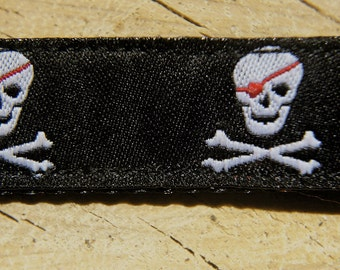 Black Pirate Medium Dog Collar