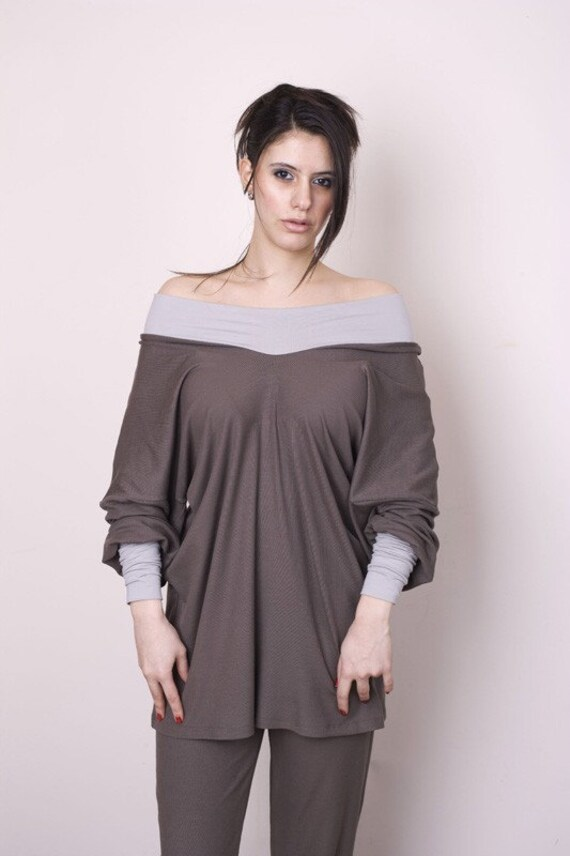 MIMI Dust brown pajama top light gray cuffs and neckline