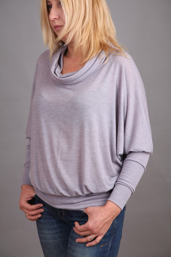 Pale violet blouse with gray nuances with long sleeves