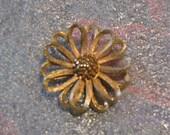 Texturized Flower Pin BSK