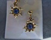 Vintage Blue Rhinestone Goldtone Earrings Screwbacks Atomic