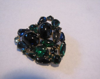 Vintage Brooch Dark Blue & Emerald Green Heart Shaped Pin