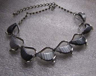 Vintage Thermoset Necklace Black Gray