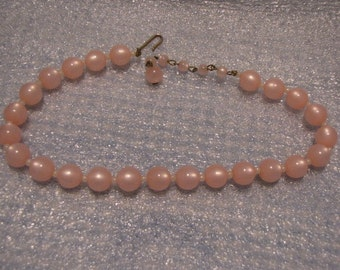 Pink Vintage Bead Necklace Single Strand Faux Pearls