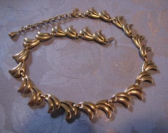 Monet Vintage Necklace Abstract Design Goldtone