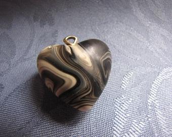 Pendant Vintage Black White Marbleized Puffed Heart