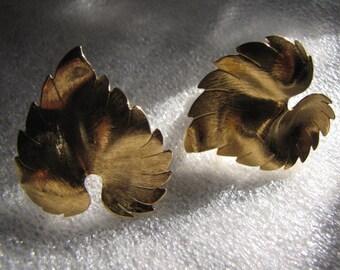 Vintage Earrings Large Leaf Brushed Goldtone Clip