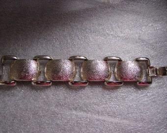 Vintage Bracelet CHUNKY Large Link Goldtone