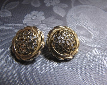 Goldtone Round Openwork Button Vintage Pierced Earrings