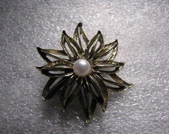 Sunburst Vintage Pin Faux Pearl Goldtone Antiqued