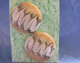 Vintage Earrings Peach Beige Glitter Enamel Pierced Button