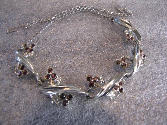 Vintage Amethyst Purple Rhinestones Silvertone Necklace