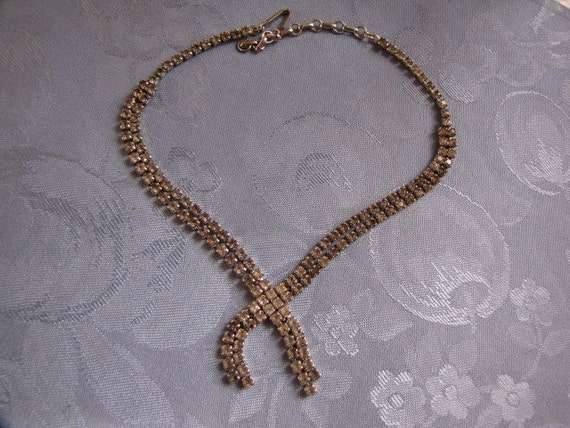 Rhinestone Vintage Necklace Criss Cross Design