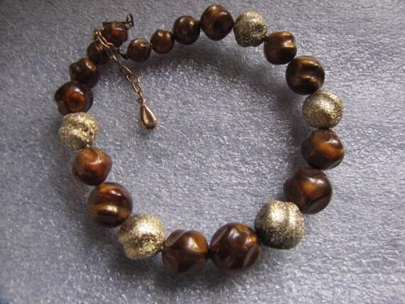 Vintage Single Strand Necklace Brown Gold