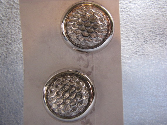 Vintage Monet Earrings Button Fish Scale Design Silvertone