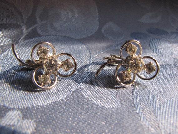 Vintage Rhinestone Earrings Silvertone Shamrock Style