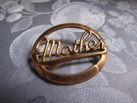 Antique Brooch Mother Oval Pin Sweetheart Jewelry