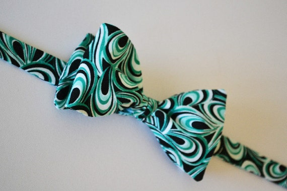 Mens Bowtie Freestyle, Adjustable, Remove w/ Bow In-Tact