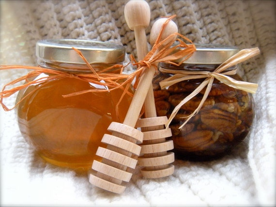 Gourmet Gift For Mom, Raw Honey & Pecans, Mothers Day Gift Ideas