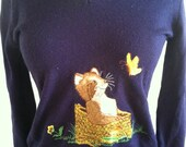 Adorable 60s 70s Vintage Sweater w/ embroidered animal for winter -- great gift