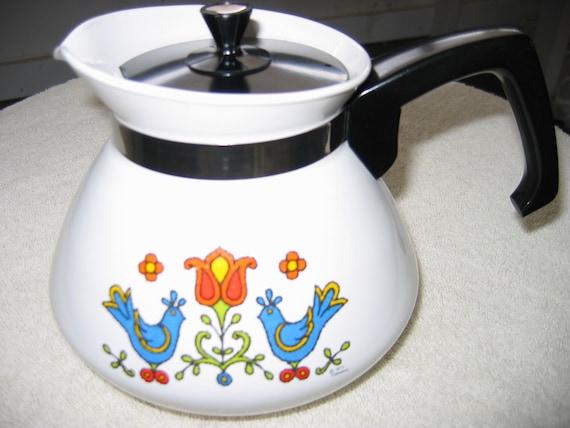 Vintage 1975 Corning Ware Teapot.  Mid century modern, Eames era.  6 Cup.  1970s.