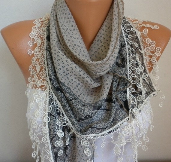 Scarf Shawl - Cotton Scarf - Weddings Scarves - Cowl with Lace Edge  - Beige - fatwoman