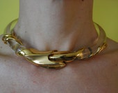 vintage 1970s LUCITE CHOKER on hold to may 28th 2011