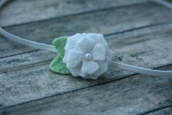 Felt Flower Headband in White - Bitty Bloom - Newborn. Infant. Toddler. Girls. Adult