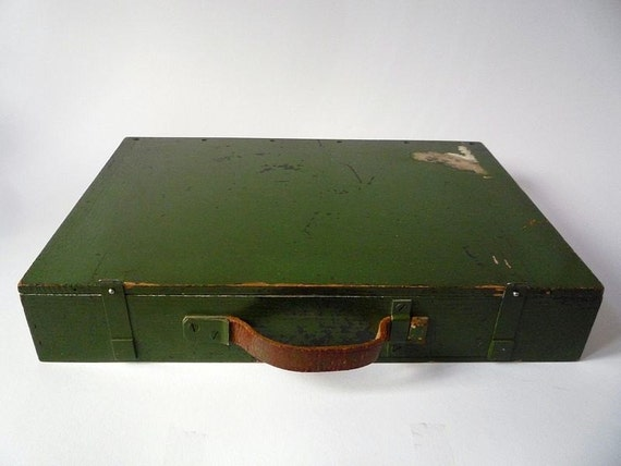 Green Wooden Vintage Briefcase With Leather Handle