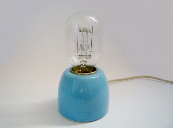 Vintage Filament Bulb 210-240 V / 2-3W