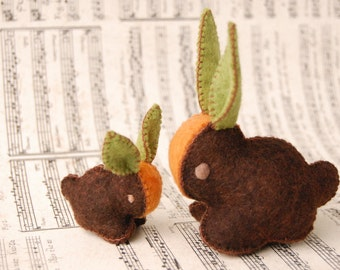 EASTER BUNNY Brown felt toy Carrot Rabbits Mother and Baby Orange and Green Handmade