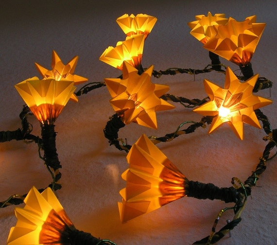 Growing Sunflowers - Decorative Houseware / Chain of Light with 15 bulbs