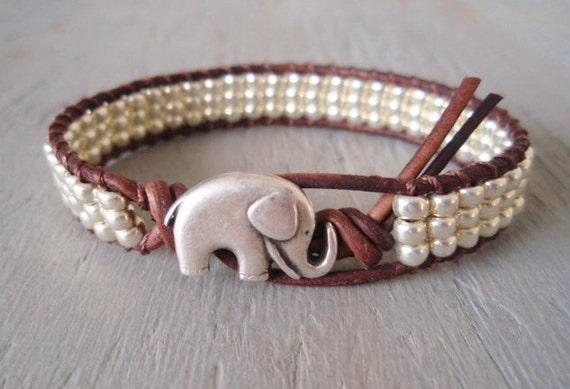 "Silver Elephant beaded leather bracelet ""Baby Elephant"", silver glass, bohemian friendship bracelet, good luck charm, silver elephant"